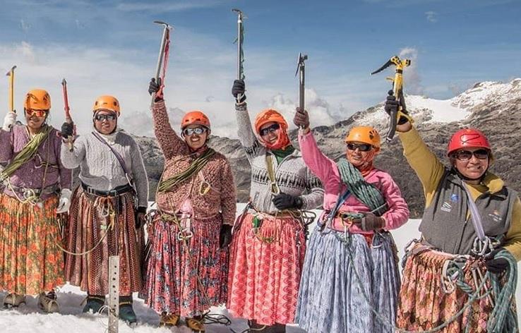 Bolivian-women.jpg