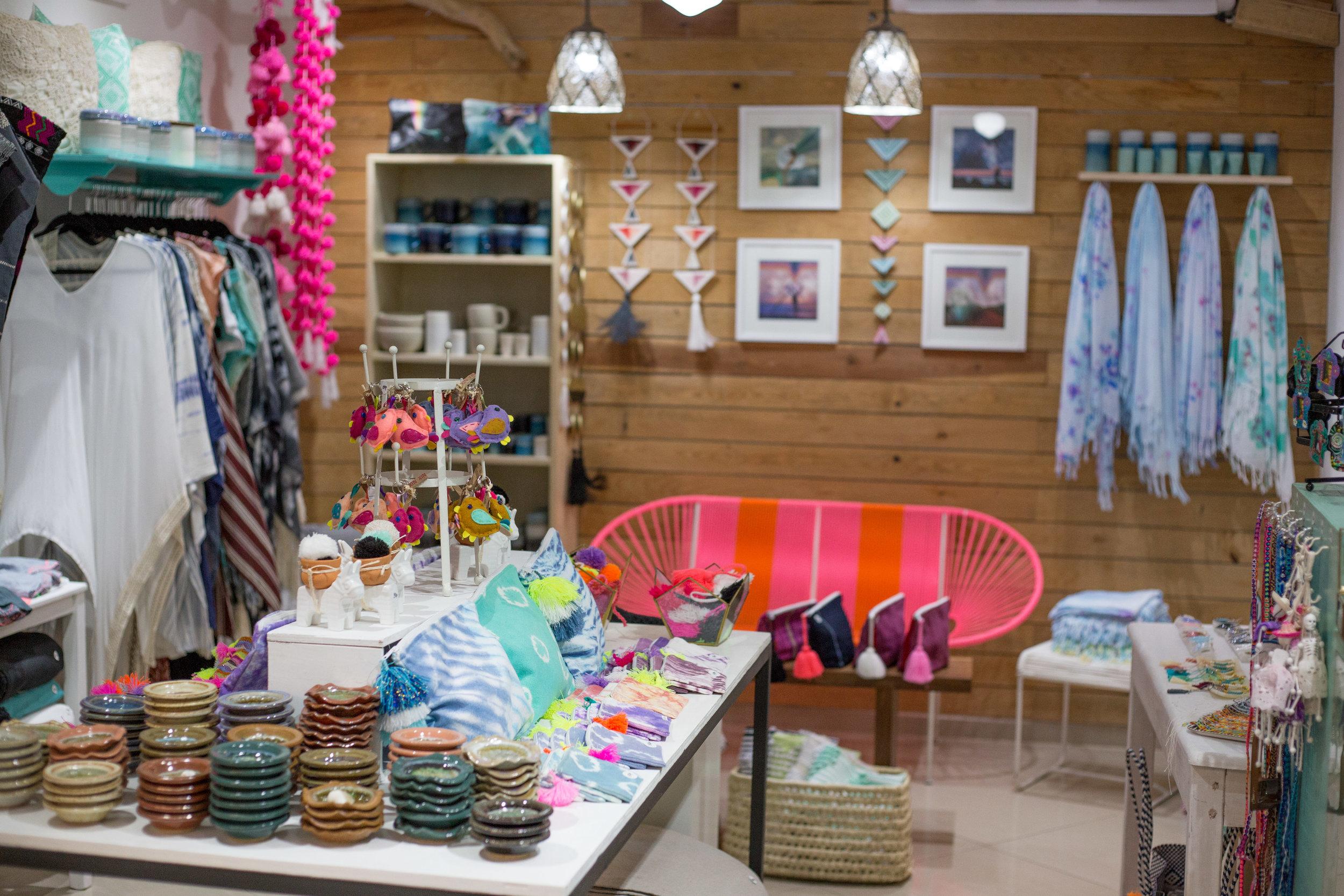 Punta Mita Town_Shopping.jpg