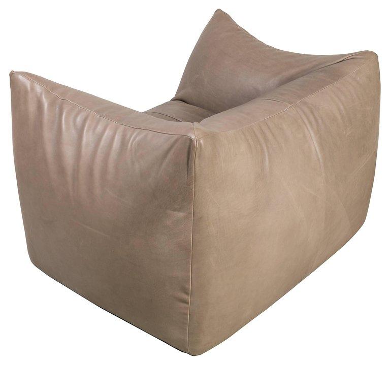 Pair_of_Bellini_Chairs_E_master.jpg