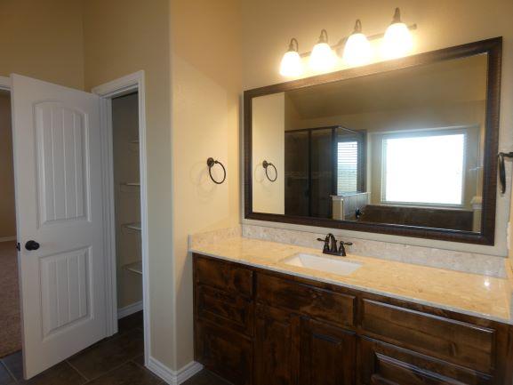 Her Vanity Master Bathroom Pic 2 901 Elk Ridge .JPG