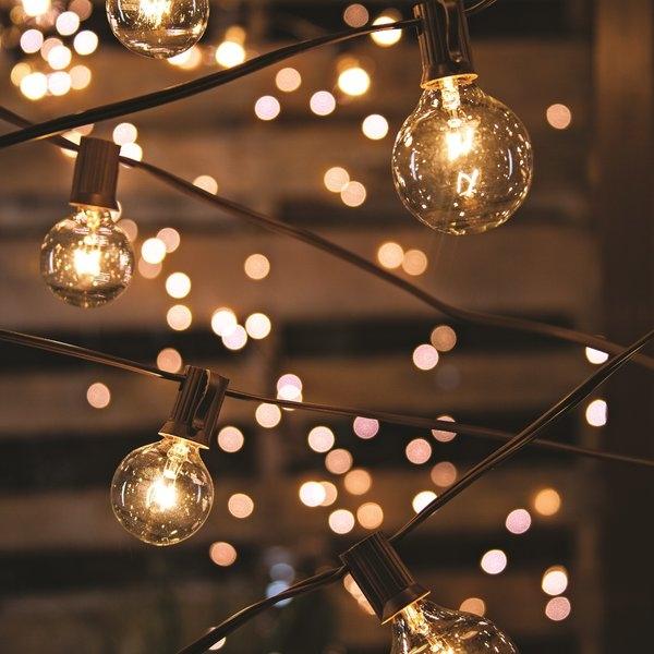 20-Light+19+ft.+Globe+String+Lights.jpg