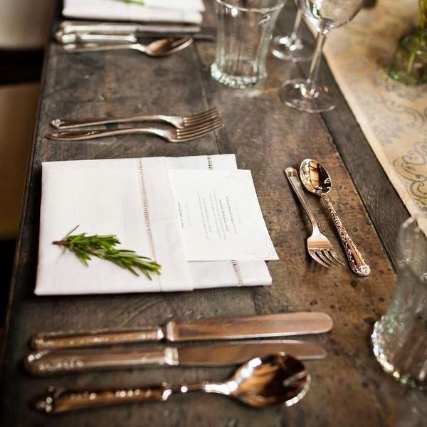 corner-dining-tables-rustic-christmas-decor-ideas-clearance-christmas-yard-decorations-bassett-dining-room-furniture-600x900.jpg