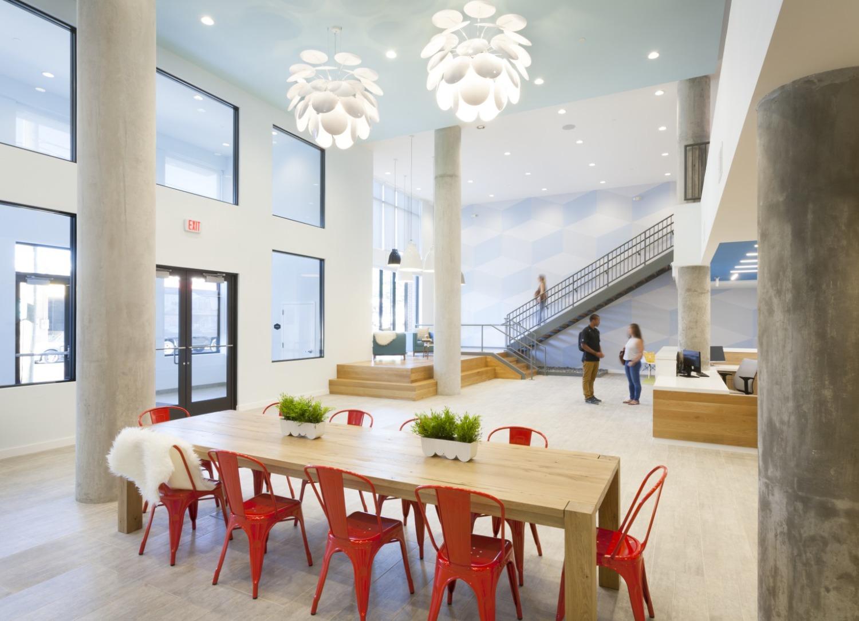 Landmark_Lobby.jpg
