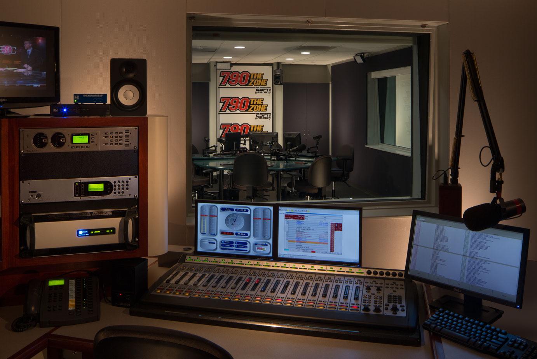 LincolnFinancialMedia_Studio.jpg