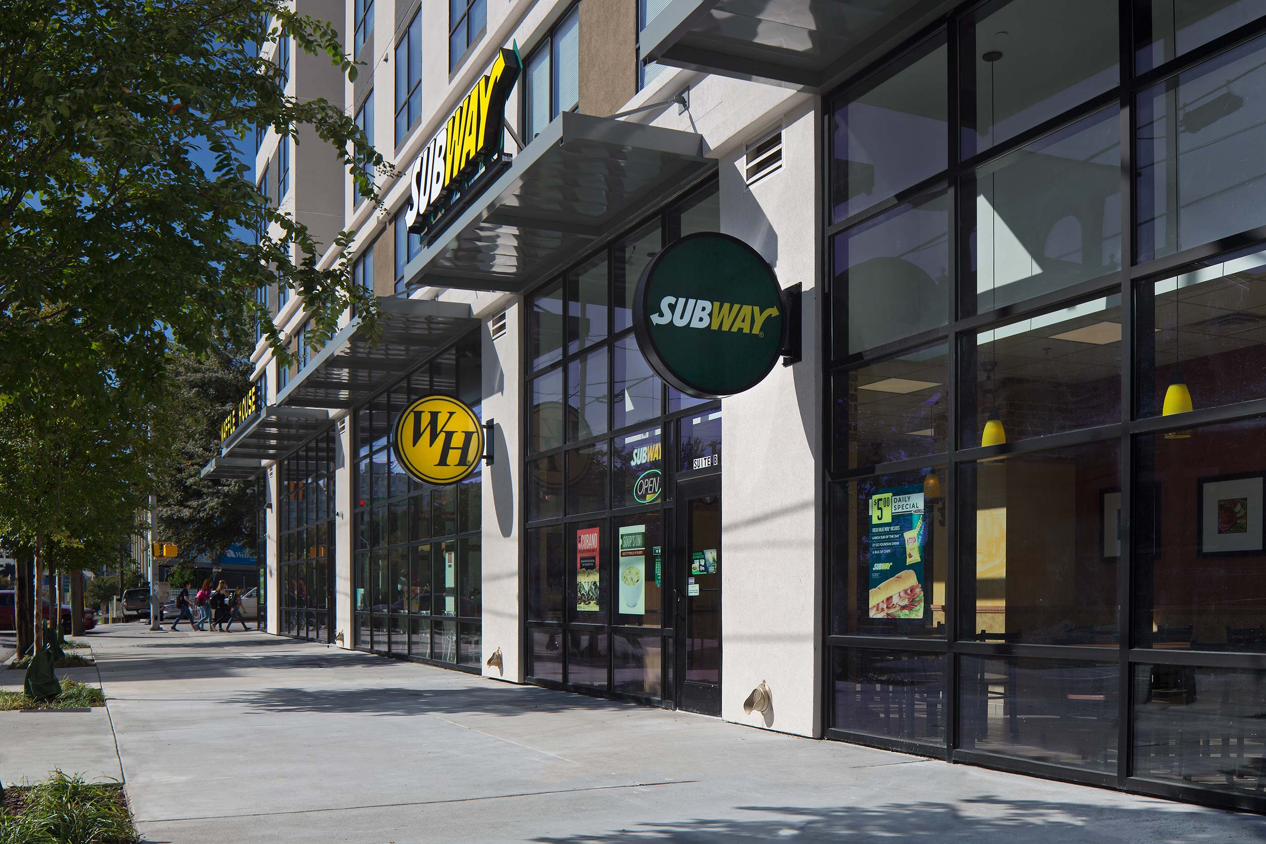 One12Courtland_Retail.jpg
