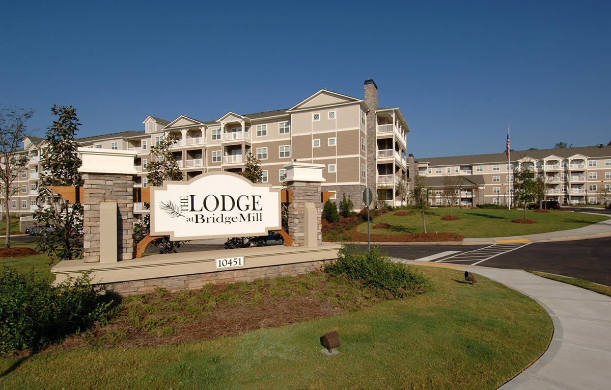 LodgeatBridgemill_Sign.JPG