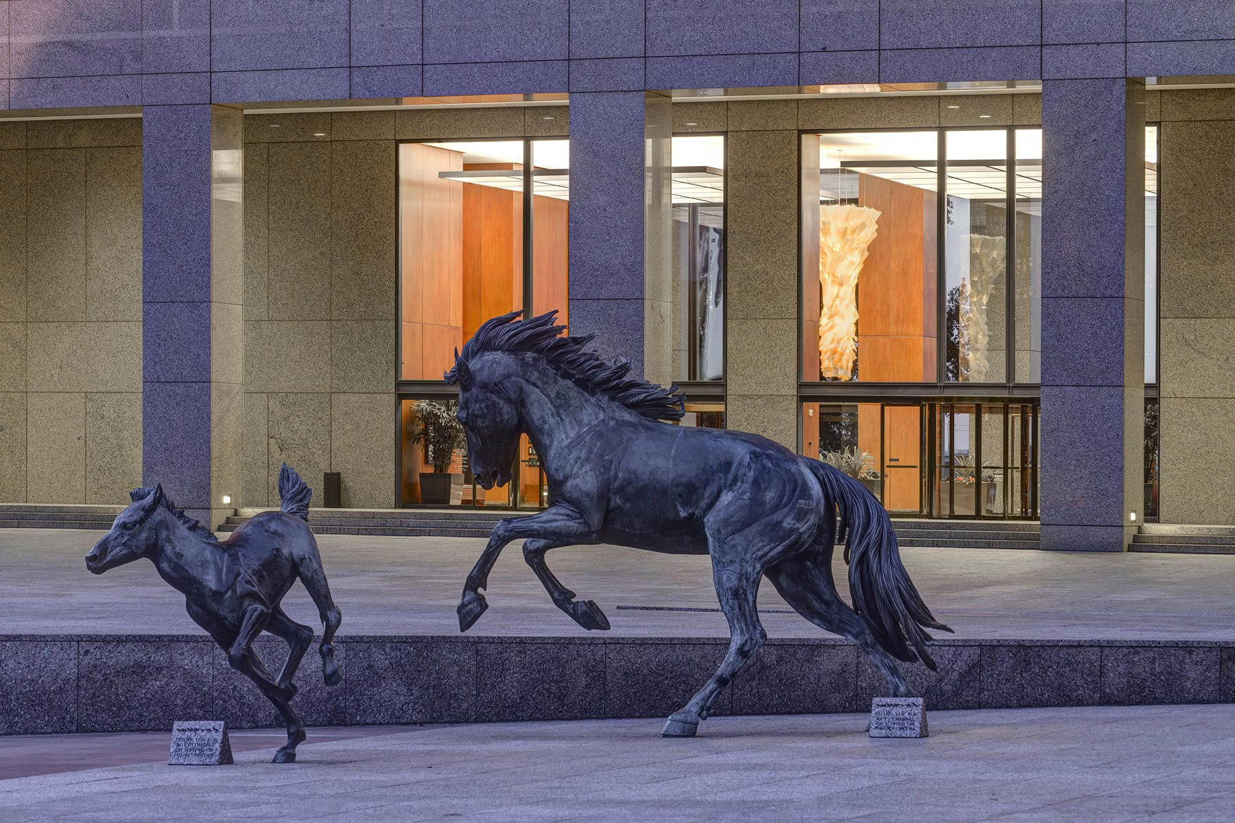 Williams-Square_Horses.jpg