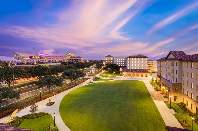 LSU Nicholson Gateway</br><em>Baton Rouge, Louisiana</em>|residencehalls architecture landscapearchitecture