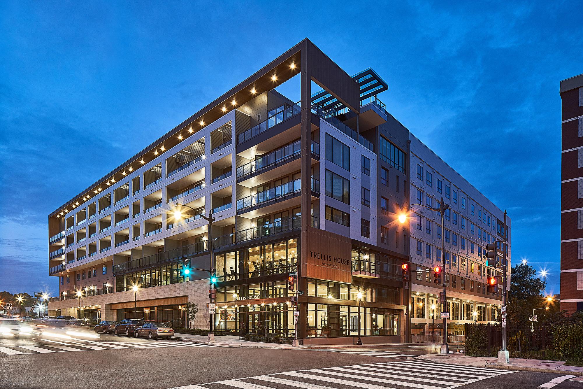 Trellis House</br><em>Washington D.C.</em>|featured marketratehousing architecture