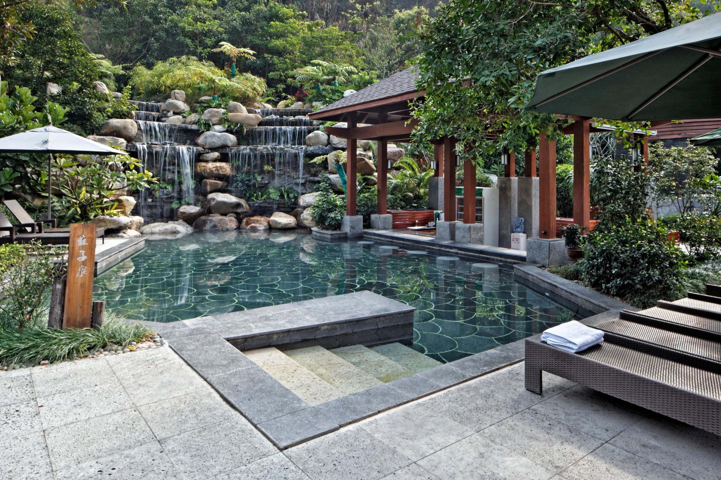 Huizhou Tangquan Resort     Huizhou, China