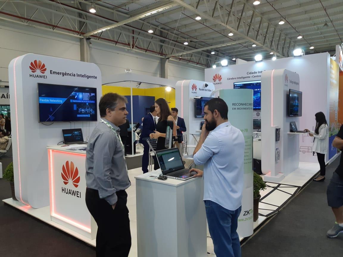 Smart Plaza Huawei.jpeg
