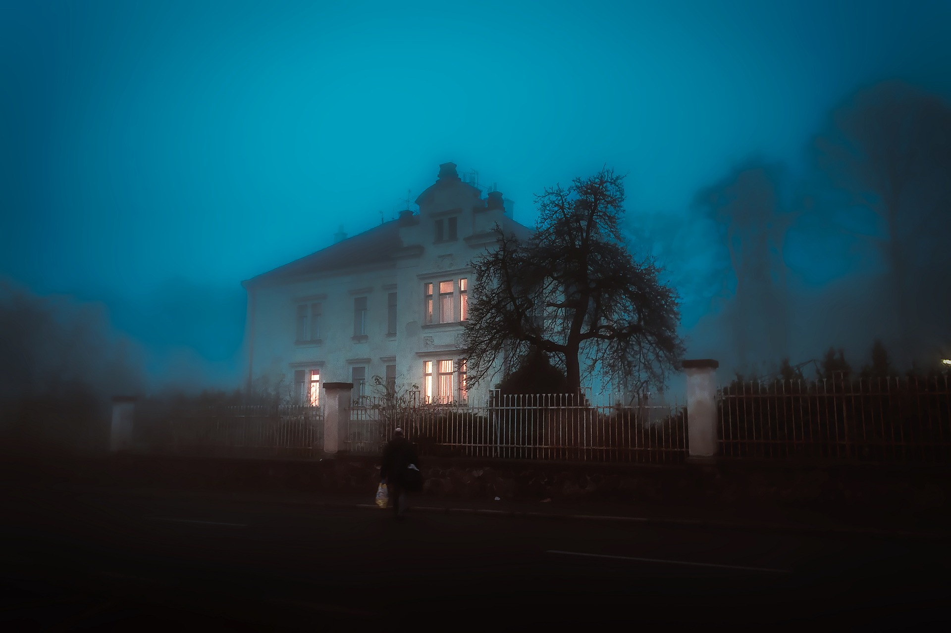 house-1901147_1920.jpg