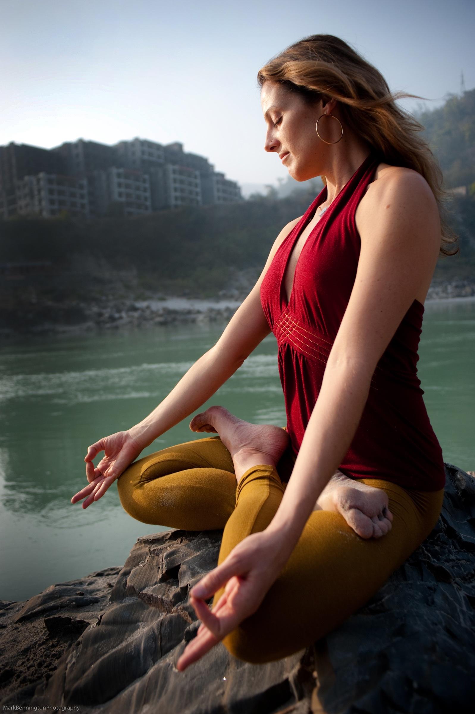 meditation-at-the-ganga.jpg