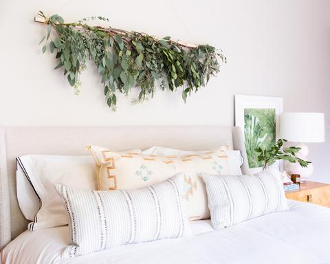Designer, Jana Bek,    created this awesome Eucalyptus garland    from hardware store materials and greens from    University Flower Shop   . Design:    Jana Bek    /    Photo by Marta Perez