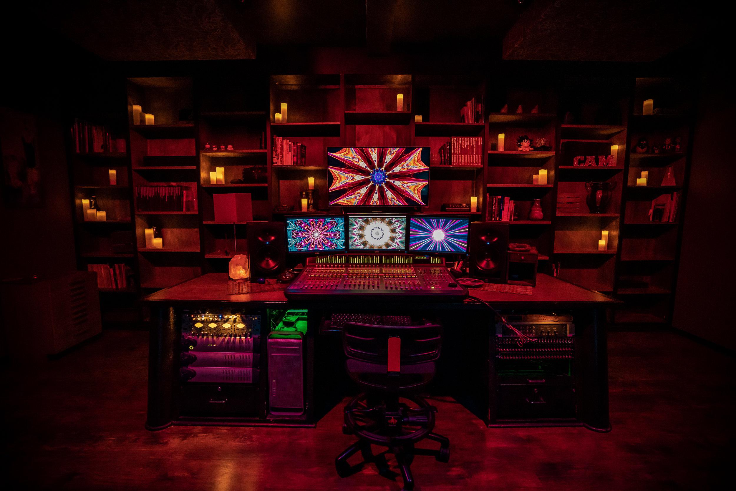 Mandala Desk Studio A.jpg