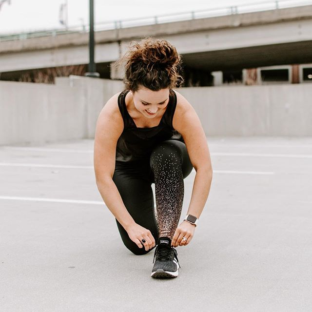 Getting all laced up for a @fitonapp workout! I love mixing workouts from the app into my routine because I can do them anywhere. 🙌🏼 We are headed to MS this weekend and I'll be squeezing these classes in on the road, PTL because it's Nana's 90th birthday and there will be so. much. food. 🤤 If you want to try the app too, download it and use the code GETFITON and you'll get a free 7-day trial + a $4/month subscription! 💪🏼🥳 #MakeItFit #FitOn #HealthyLiving