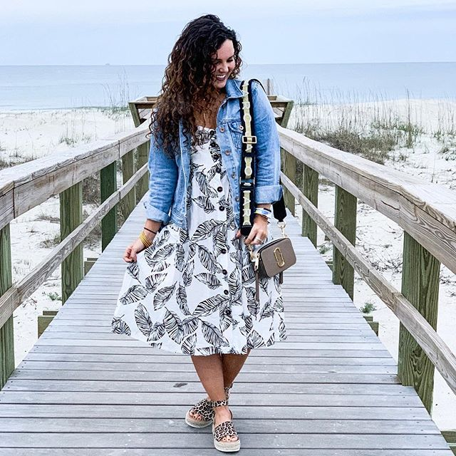 Adult spring break: 10/10 would recommend 💃🏽👵🏽 // midi-dress from @lizardthicketgreenville and cheetah platforms are @amazonfashion and are under $35! #tybeeisland #springstyle