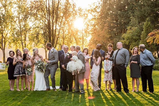 Not booked a photographer for your summer 2019 wedding yet? We still have a few weekends free in July and August! Shoot us a message, let's chat! ❤️💚💛 #harthousewedding @hart_house_weddings #deerlake #deerlakepark #burnaby #beautifulbc #wedding #vancouverwedding #vancouverweddings #love #weddingphotographer #weddingphotography #romance #summer #sunset #goldenhour #family #happy #weddingdress #couplephotography #engagement #portfolio #vancouver #vancity #yvr