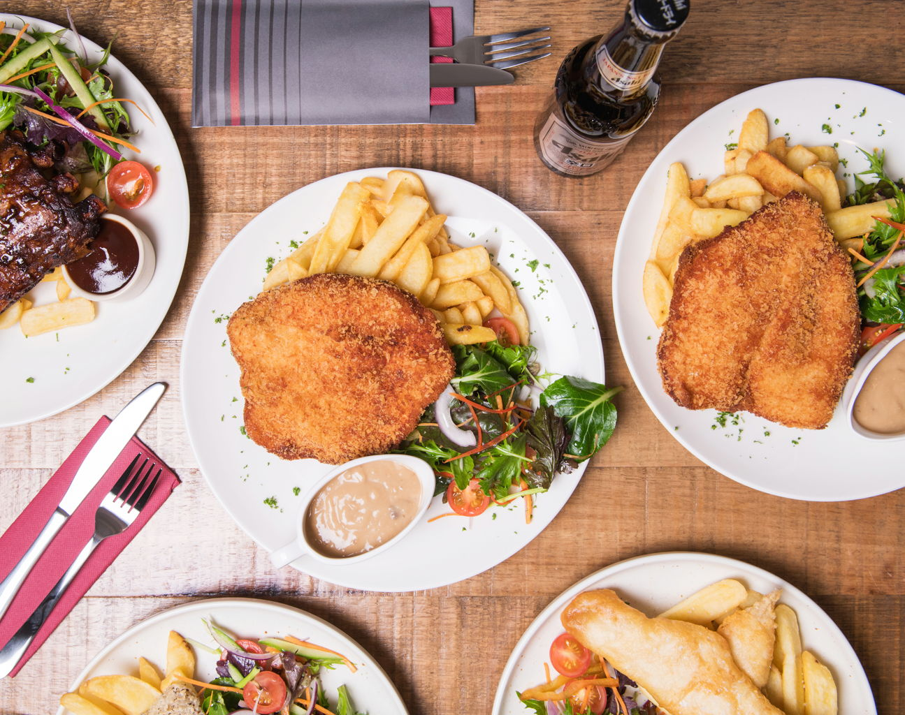 victoria-inn-food (1).jpg