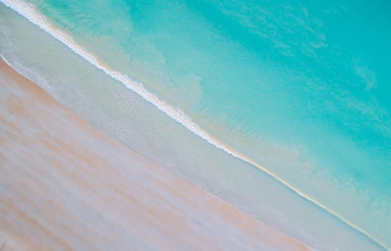 BEACH BLUE