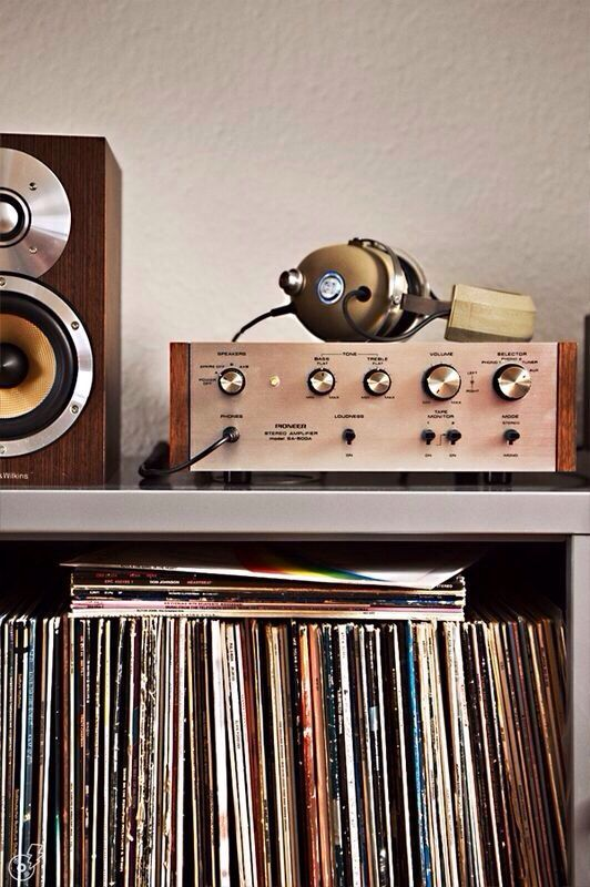 vintage_listening.jpg