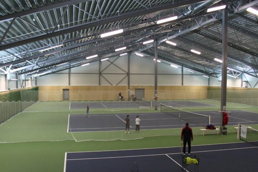 Idrettshall_Stabekk_Tennis03.JPG