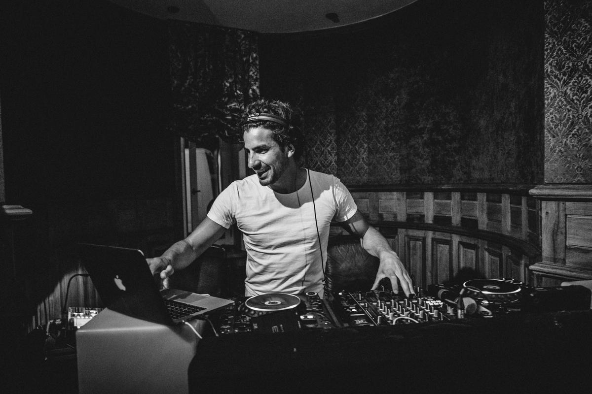 Florian Serra - DJ - Prestevent 2.jpg