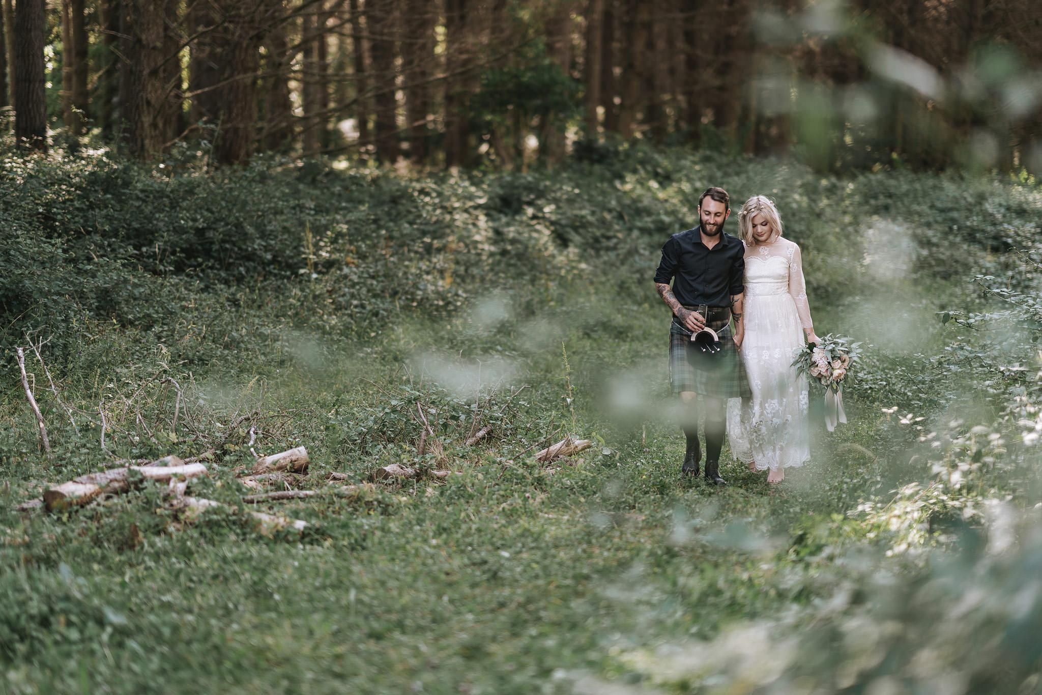 rambo-estrada-natalieryan-old-forest-school-tauranga-wedding-photographers-547-c-copy.jpg