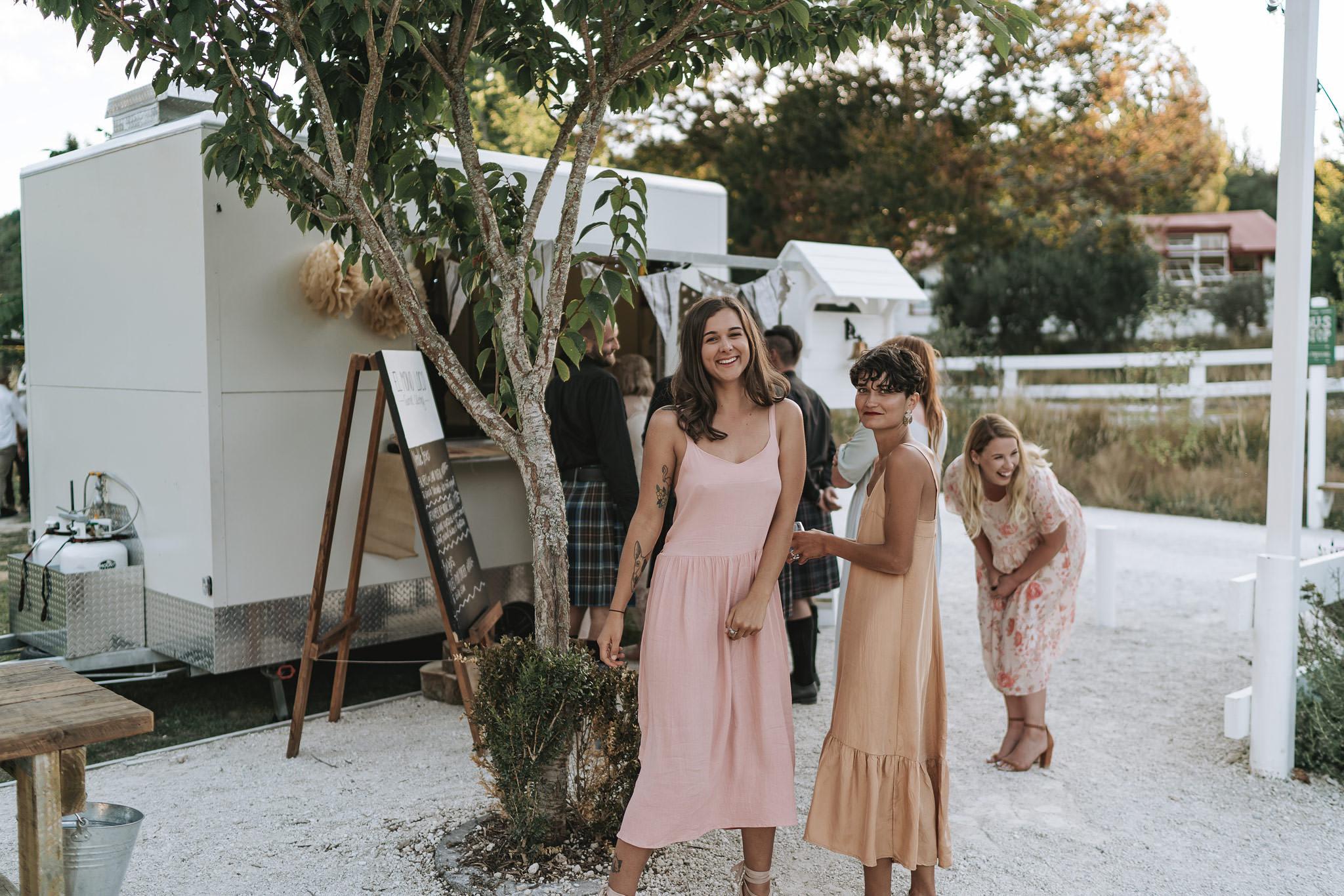 rambo-estrada-natalieryan-old-forest-school-tauranga-wedding-photographers-800-c-copy.jpg