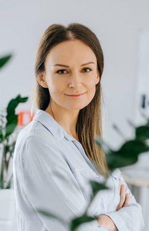 Інна Макотерська - Сhief Operations Officer, раніше Account Director в Aimbulance.Aimbulance – найефективніша агенція 2011, 2013 та 2014 років.