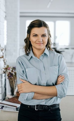 Юлія Захарченко - Account Director у VGNC (у минулому Account Director в Aimbulance). VGNC – креативна агенція, сфокусована на продакшн такомплексних інтерактивних проектах.