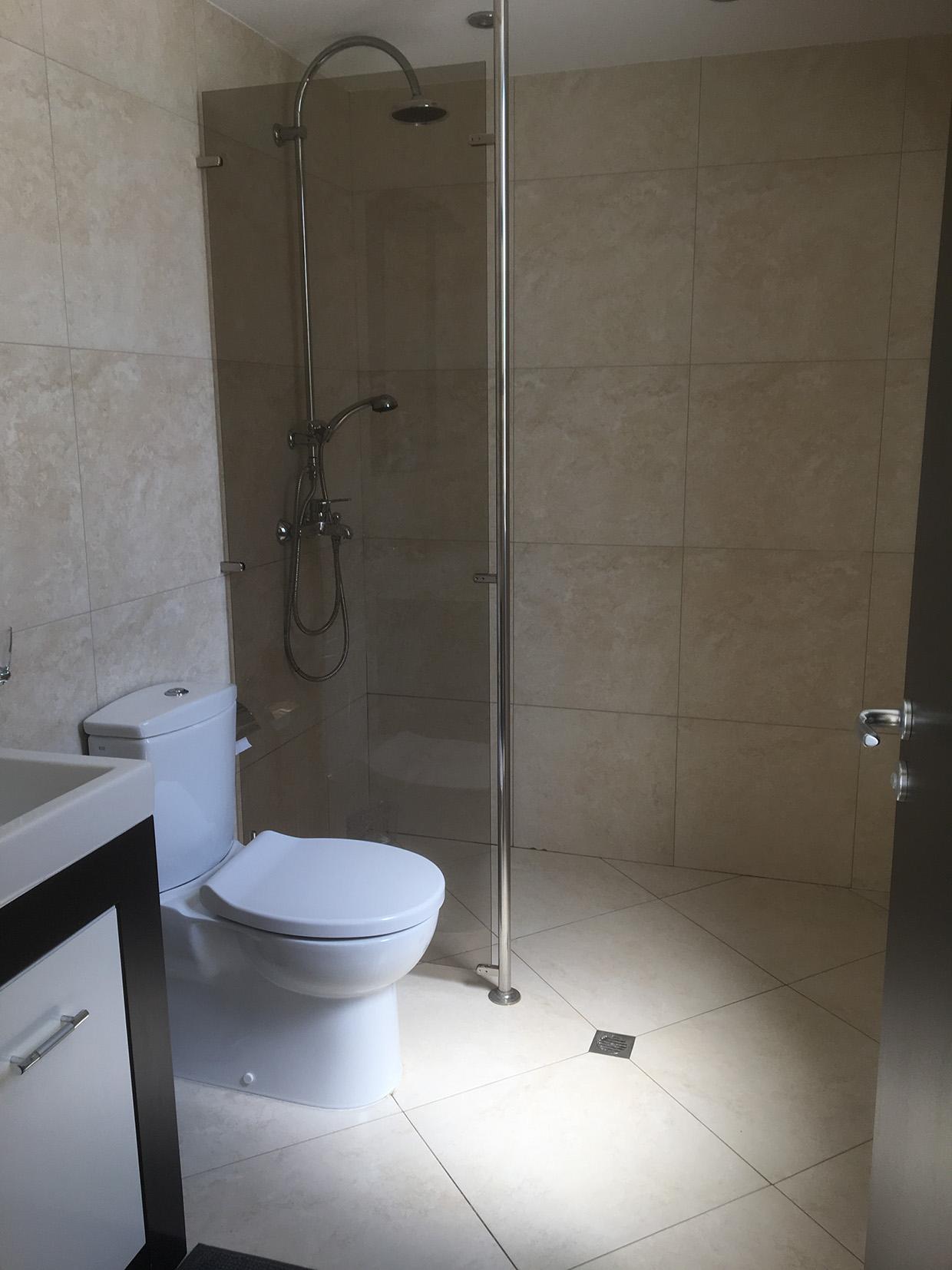 shower_web.jpg