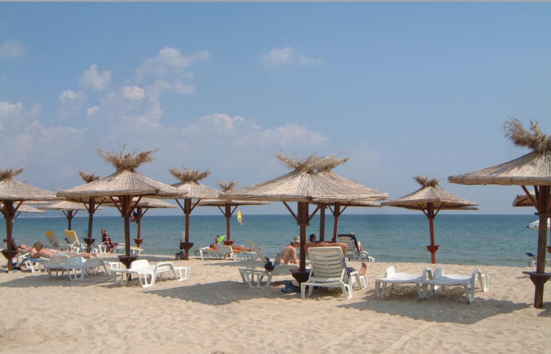 Albena_beach.png