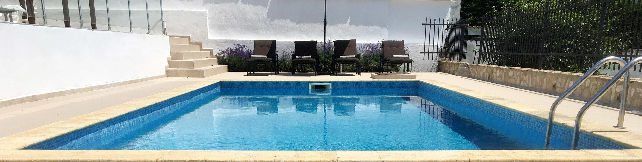 Villa_Bulgaria_pool_seaview.jpg