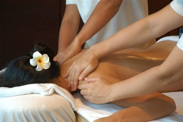 imperial-spa-four-hand-massage.jpg
