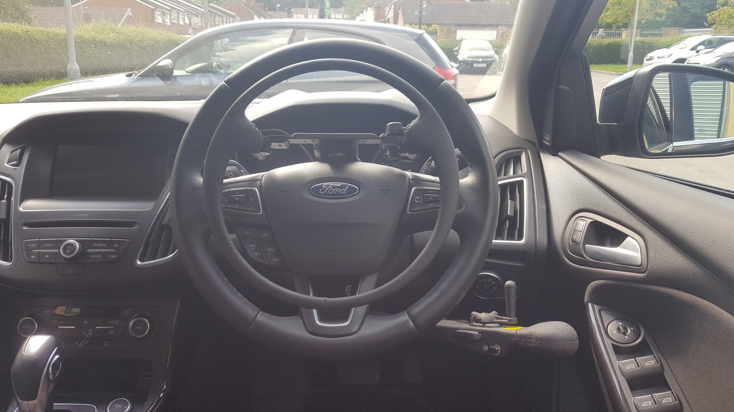 Ford Focus Auto with Electronic Over-ring Accelerator and Push Brake Lever.jpg