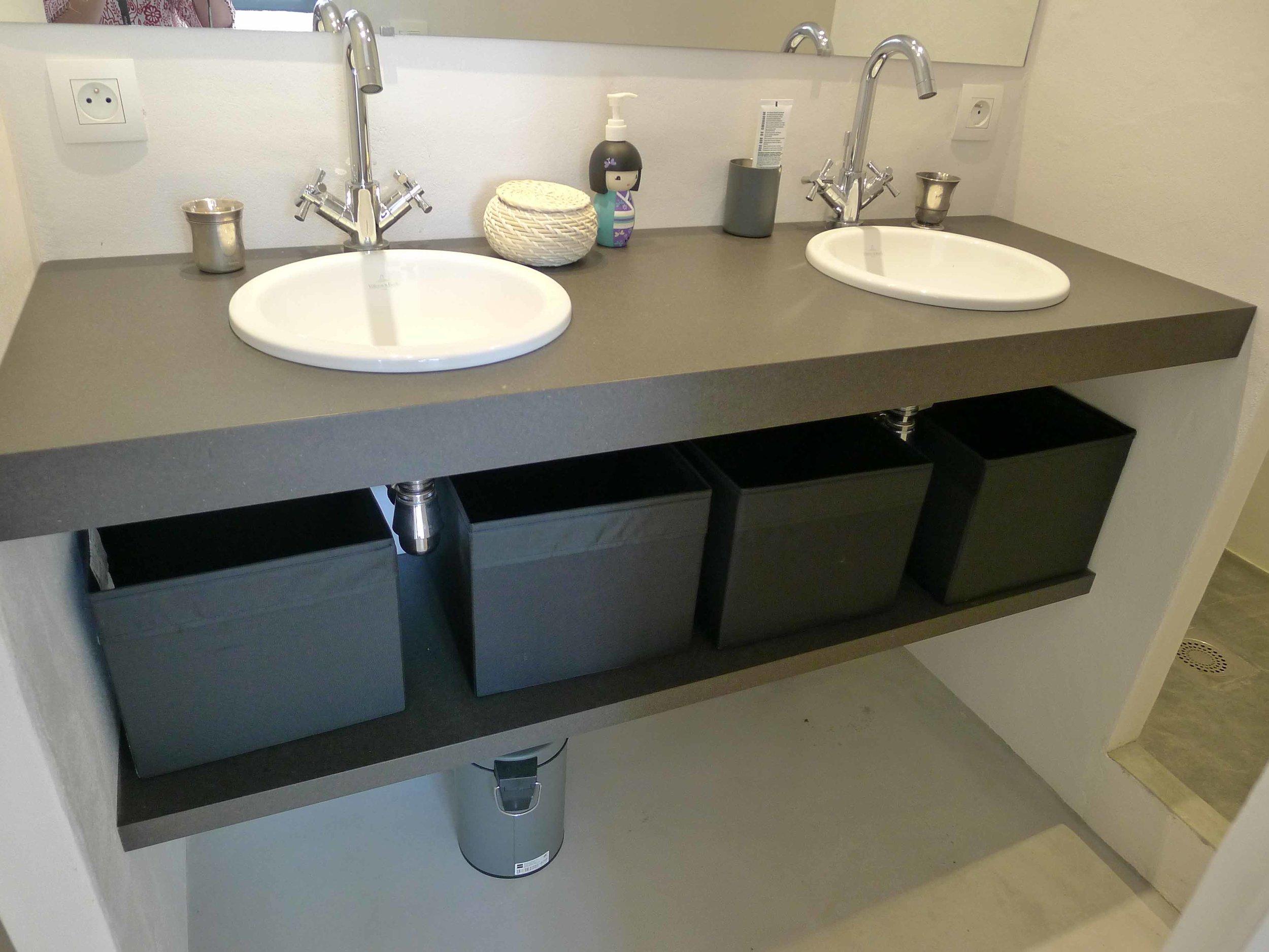 Support de vasques en médium teinté