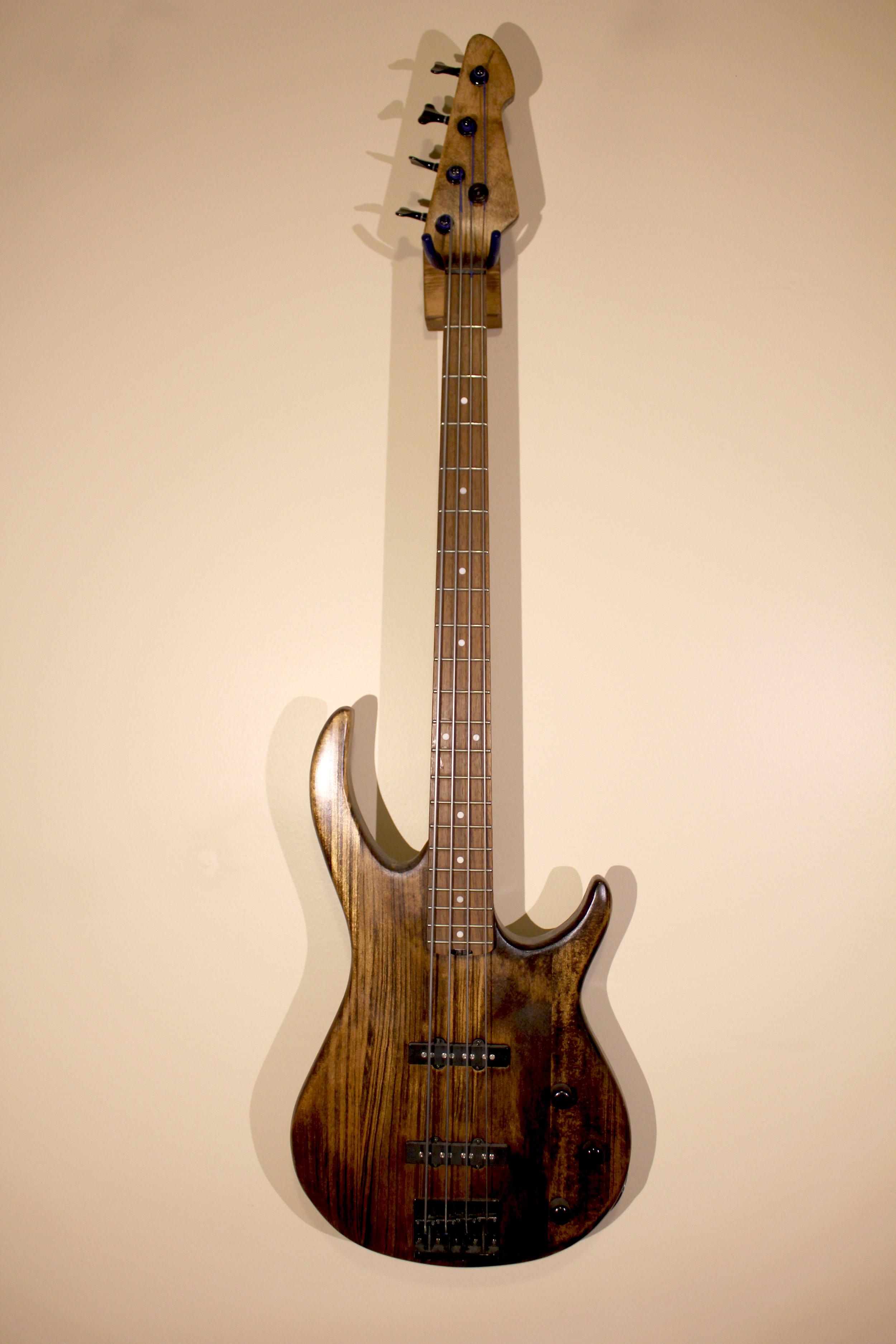 Bass Custom   -not for sale- ibanez bass, woodstain, sealer
