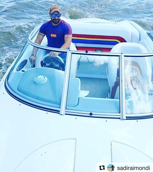 Taking off!!!🛥 #Repost 📸@sadiraimondi ・・・ Y nos fuimos !!!!! Siempre hay q dar gracias a Dios pero cuando se hace lo que te gusta gracias gracias y mil gracias Dios por regalarnos la vida #galveston #texas #liveinhouston #liveintexas #fcjmarine @fcj.marine