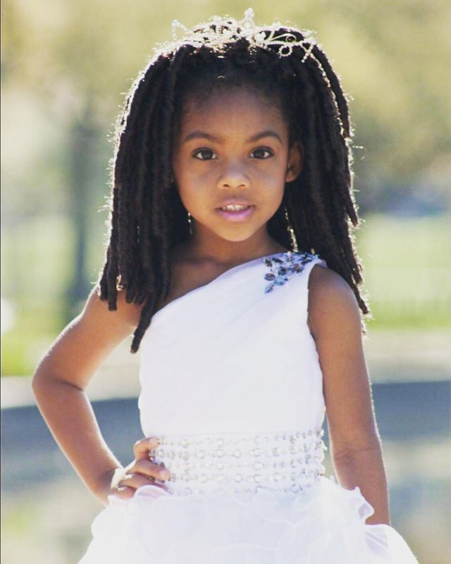 Say Hello to Mini Queen Contestant Lacy!!!!! We can't wait to see this beauty competing in August!