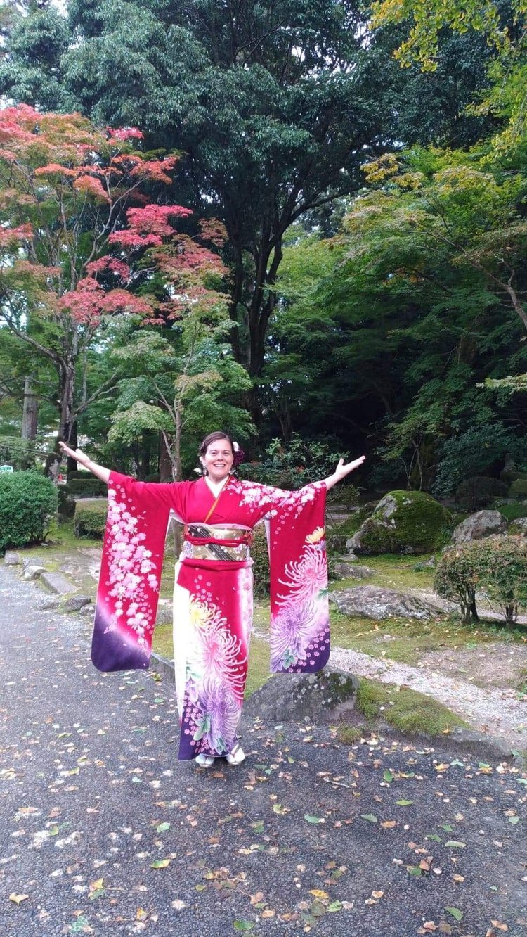 Kimono Rental for Professional Pictures and Formal Events with SUIBI Beauty Studio - Iwakuni