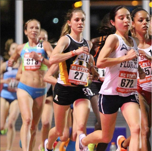 Racing the 10k at Raleigh Relays in 2017