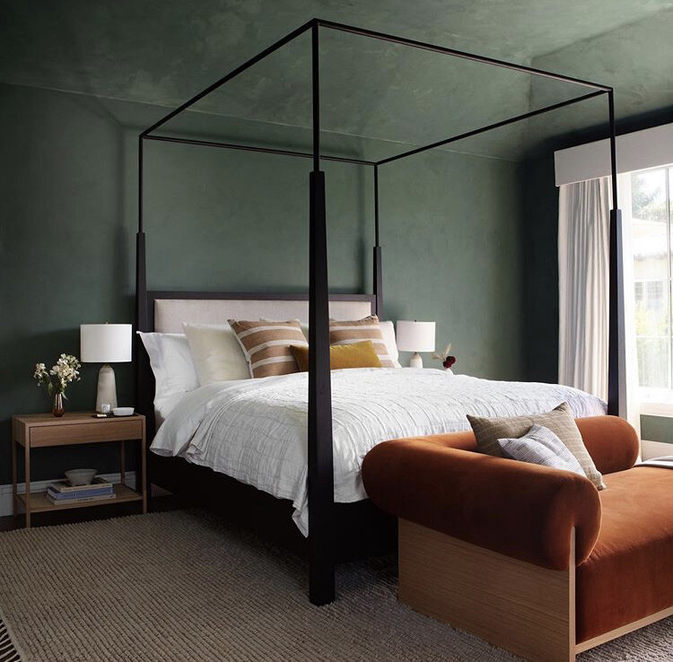 Love the green and warm copper tones in this space by  Studio Lifestyle