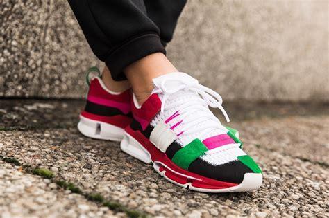 https://www.ssense.com/en-ca/women/product/adidas-originals/black-colorblock-twinstrike-adv-sneakers/2436458