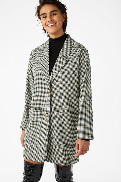 https://www.monki.com/en_gbp/clothing/coats-jackets/product.long-blazer-beige.0625284001.html