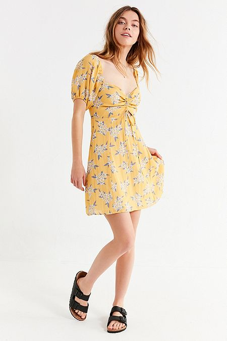 https://www.urbanoutfitters.com/shop/oh-my-love-puff-sleeve-cinch-front-dress?category=SEARCHRESULTS&color=079