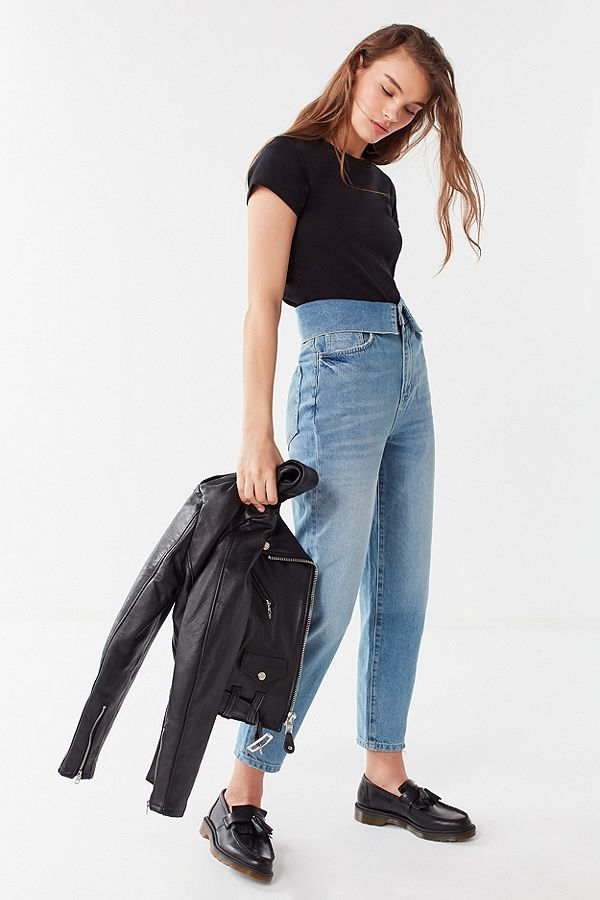 https://www.urbanoutfitters.com/shop/bdg-zayley-fold-over-straight-leg-jean?category=SEARCHRESULTS&color=094