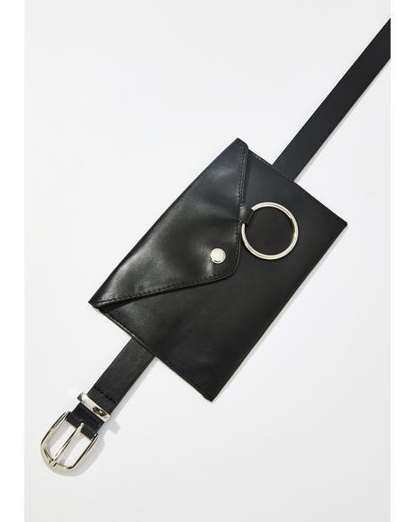 https://www.dollskill.com/o-ring-belt-bag-black.html