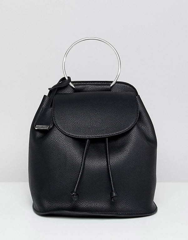 https://www.asos.com/au/glamorous/glamorous-black-backpack/prd/9610074?clr=black&SearchQuery=back%20pack&gridcolumn=1&gridrow=8&gridsize=4&pge=4&pgesize=72&totalstyles=649