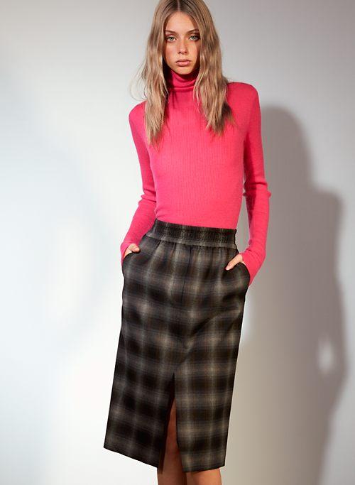 https://www.aritzia.com/en/product/bassetto-sweater/69419.html?dwvar_69419_color=15131